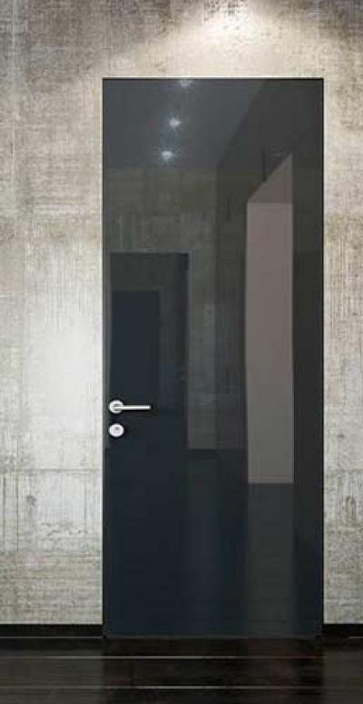Скрытые двери с графитовым зеркалом